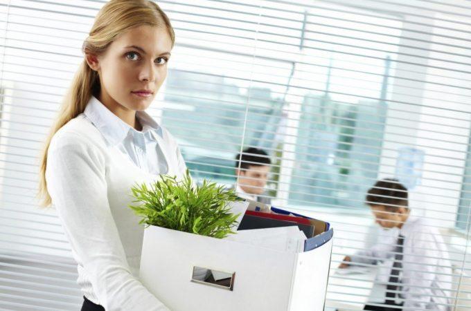 Cum sa faci astfel incat concedierea sa nu te afecteze