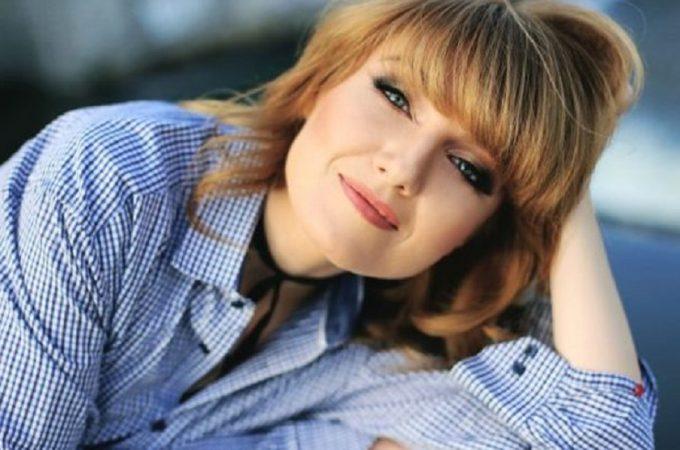 """Alexandra Ungureanu: """"Muzica este calea mea spre bucurie"""""""