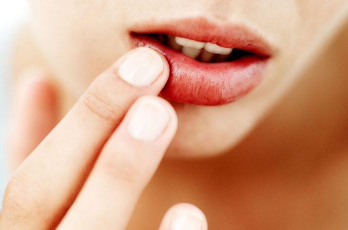 Ingrijirea buzelor – rutina de frumusete pentru fiecare anotimp